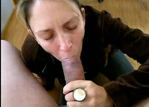 Sexy milf loves cock in her mouth