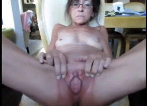 Granny open pussy