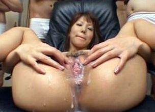 Mature cameltoe pussy