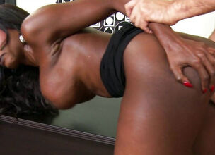 Ebony mature galleries
